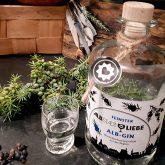 Feinster Alb-Gin mit Wacholderbeeren